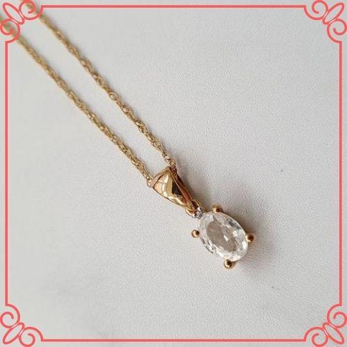 Goshenite Gemstone Meaning - Vintage 10ct Gold, White Beryl Pendant. Vintage Jewellery. Natural Gemstone - 1